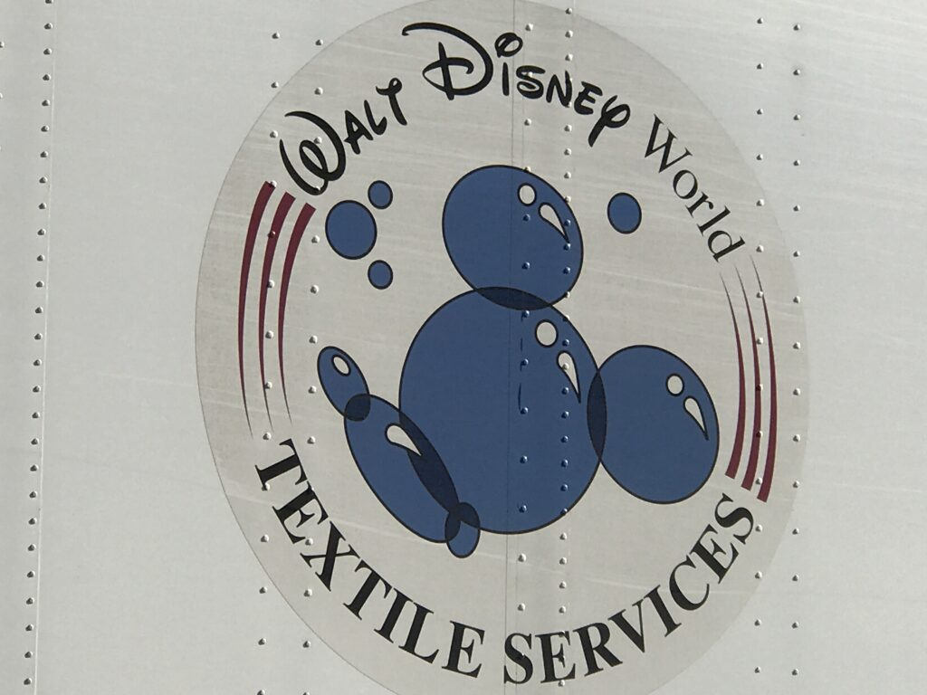 Disney Laundry logo